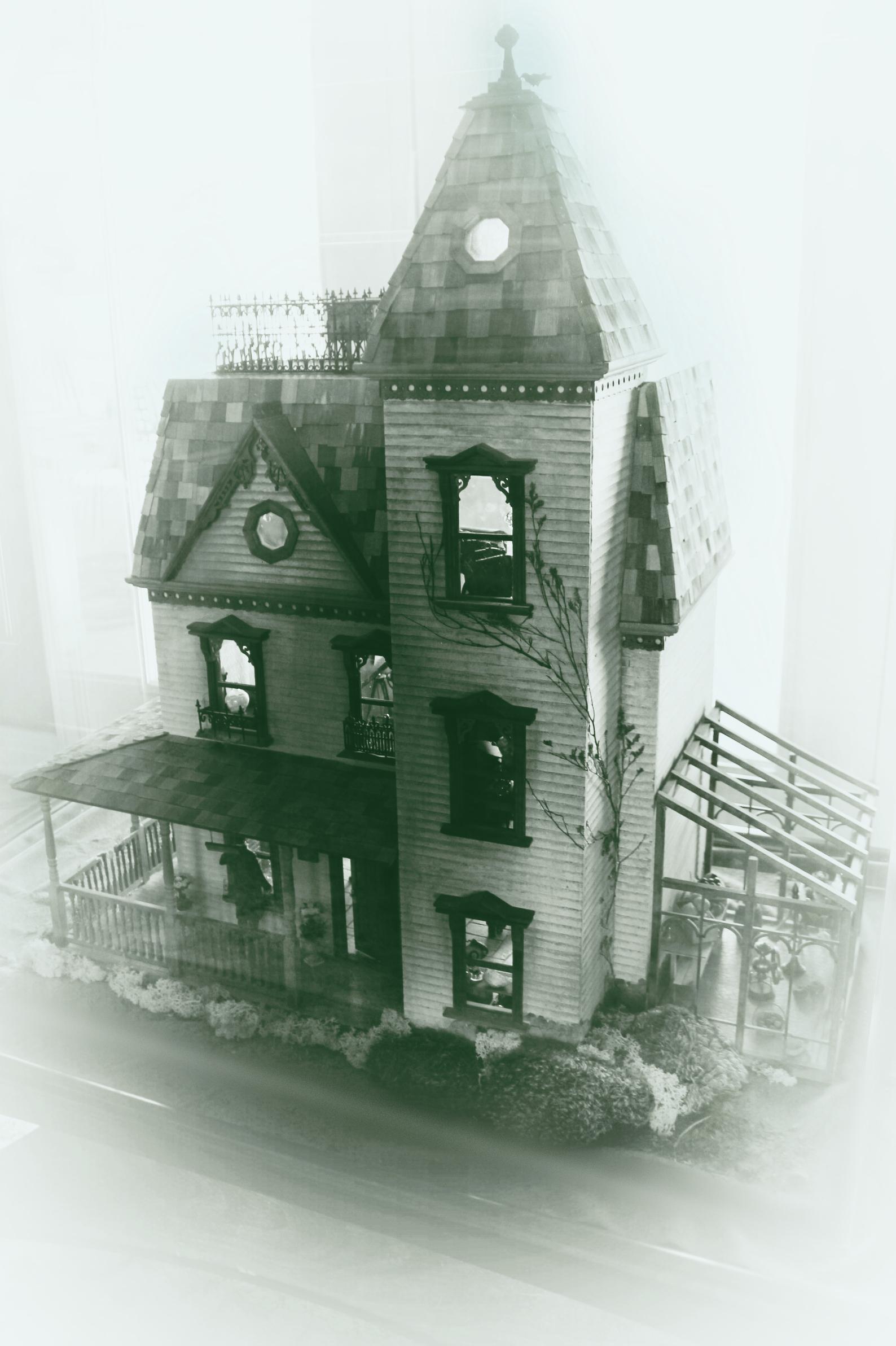 Dollhouse Miniature 1:24 Scale Corn-on-the-Cob 3 pieces